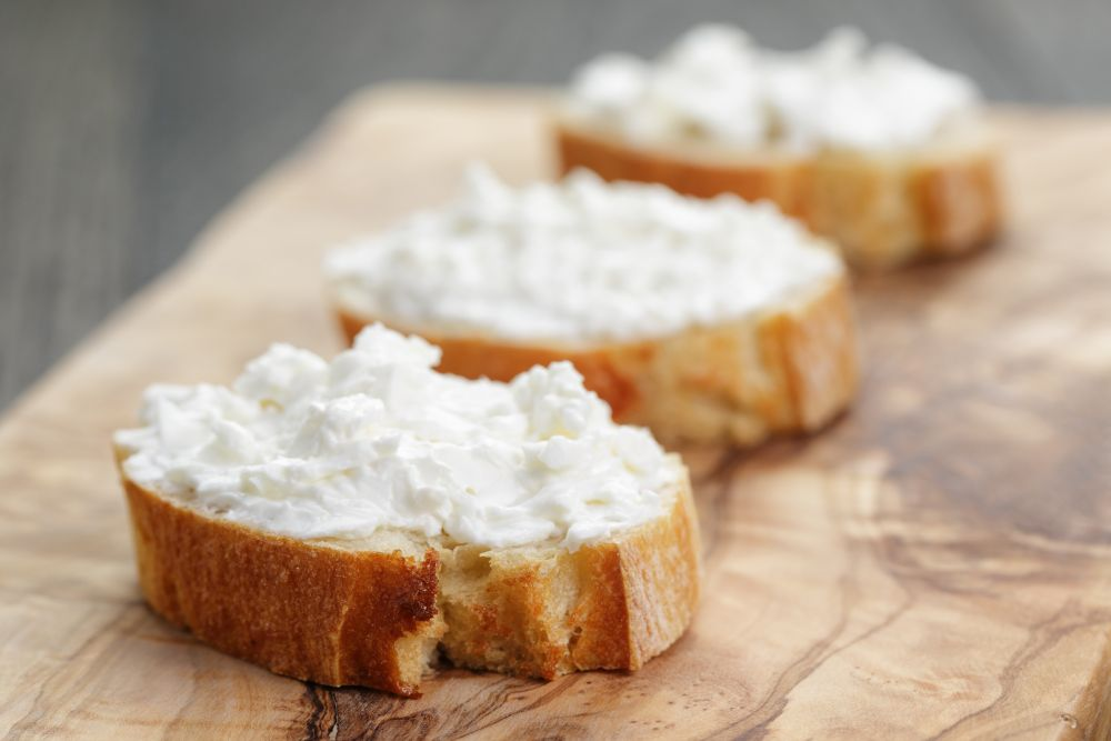 How to thaw soft cheese