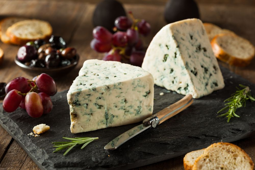 Can you freeze blue cheese