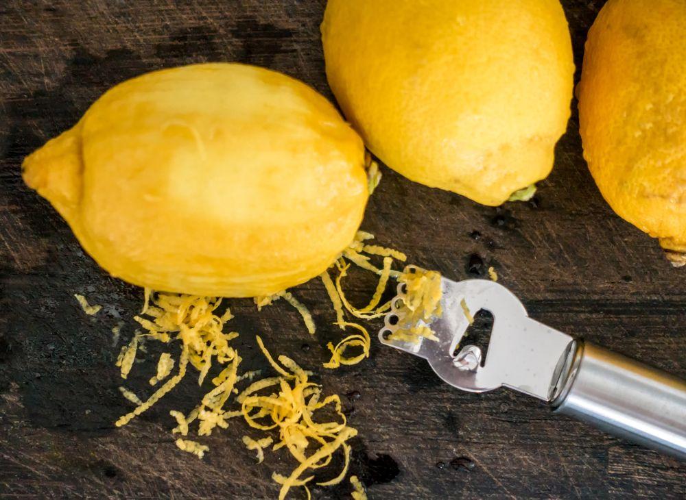 Can you freeze lemon zest