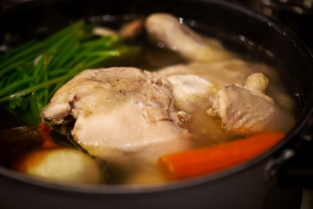 Can you freeze chicken broth