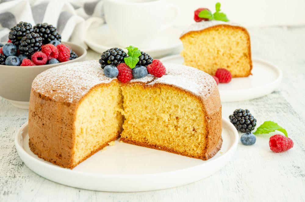 Can you freeze sponge cake