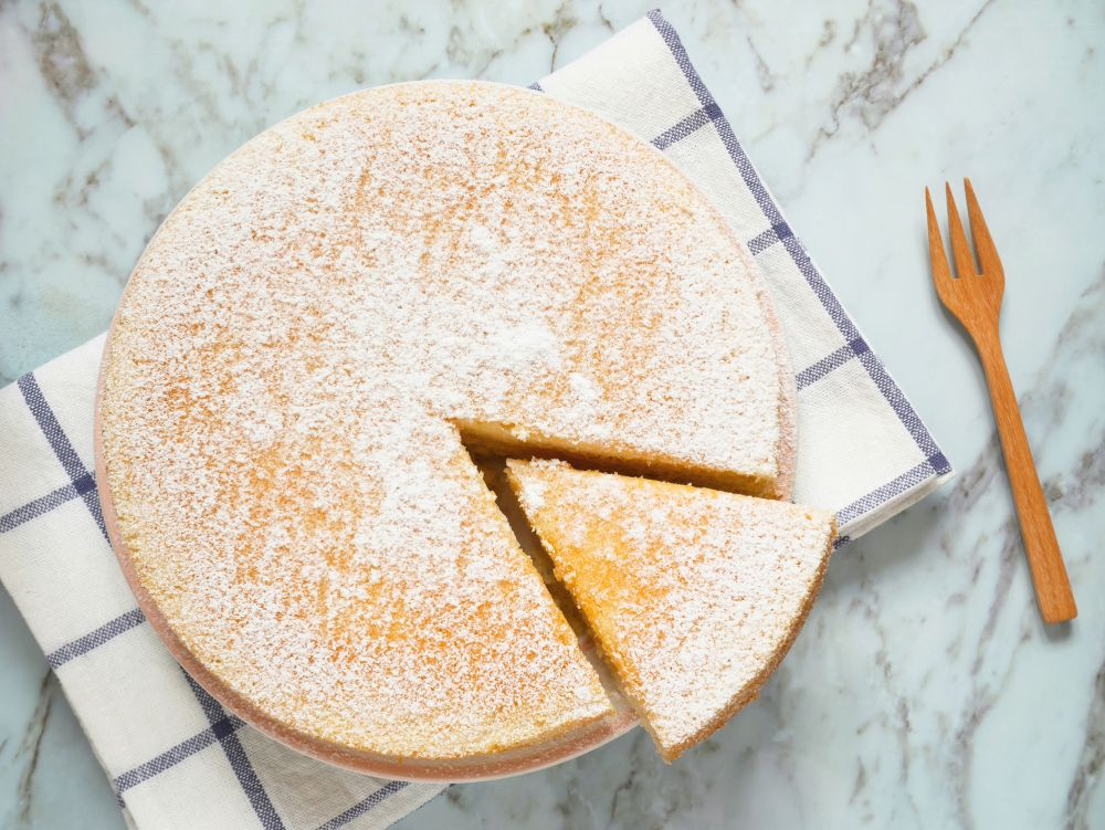 How can you freeze leftover sponge cake