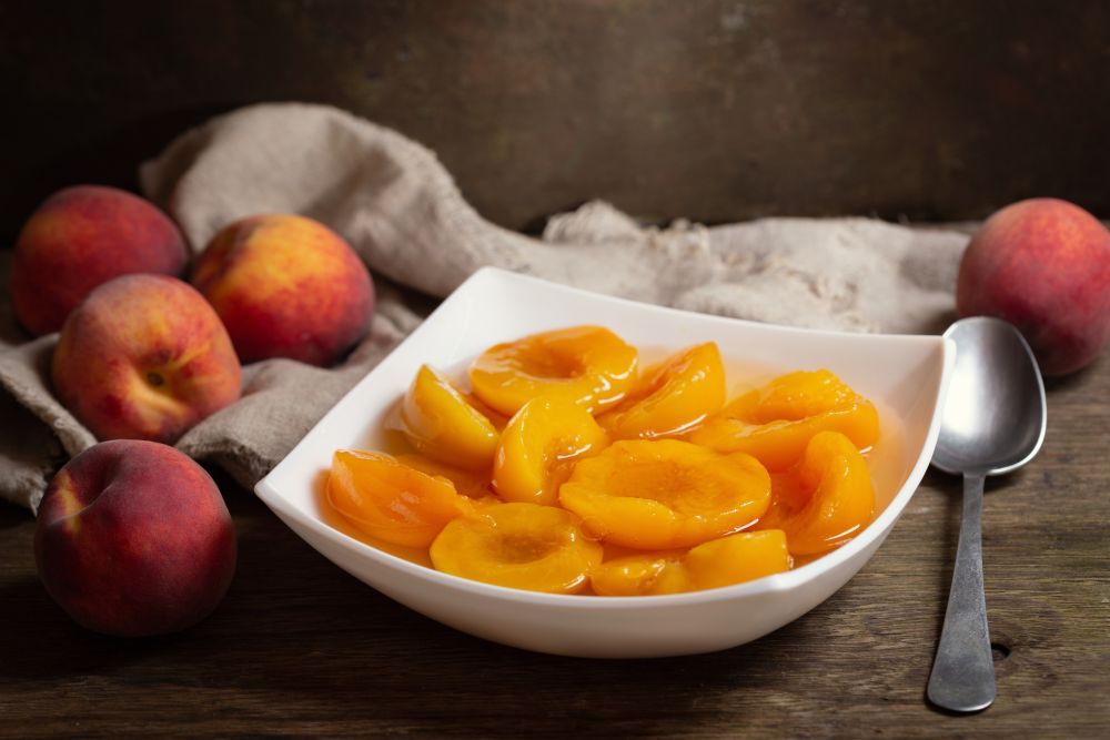 How to freeze canned peaches