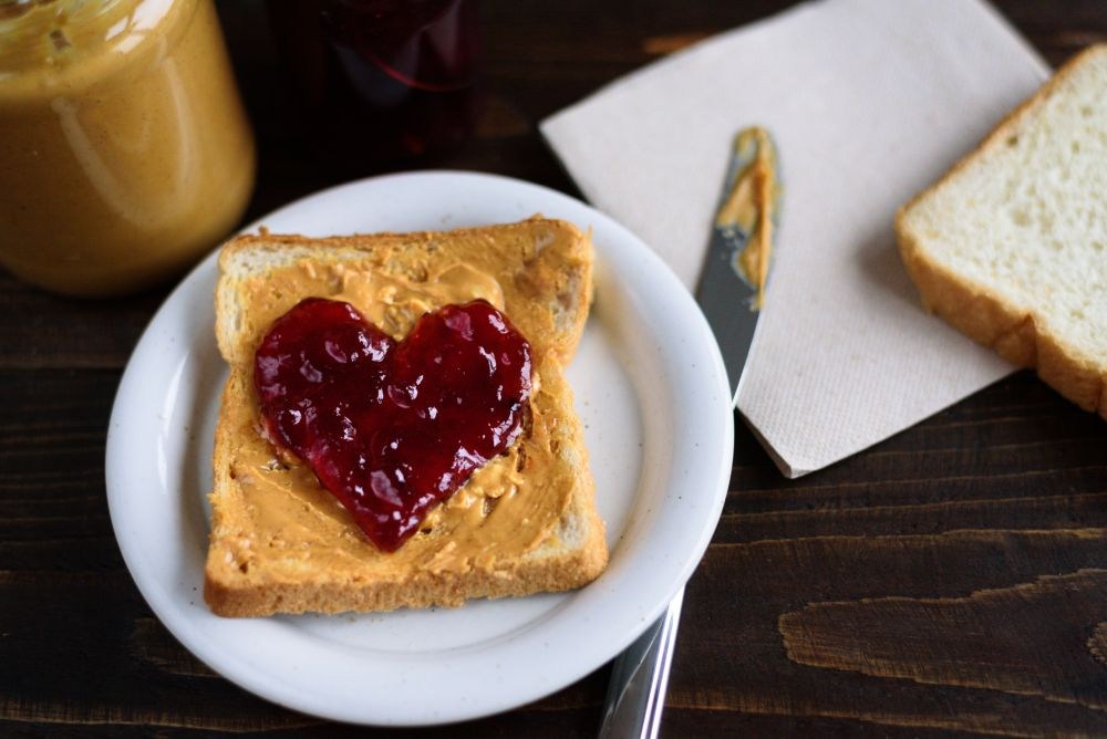 Can you freeze peanut butter and jelly sandwiches