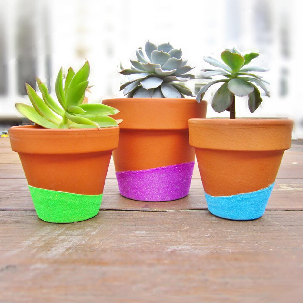 Fun ways to decorate your flower pots - Decoracion con macetas ...