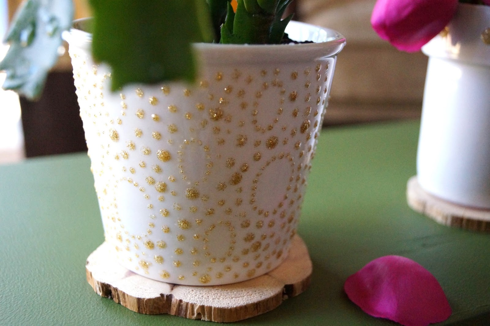 Puffy-Printed & Fun Ways to Decorate Your Flower Pots