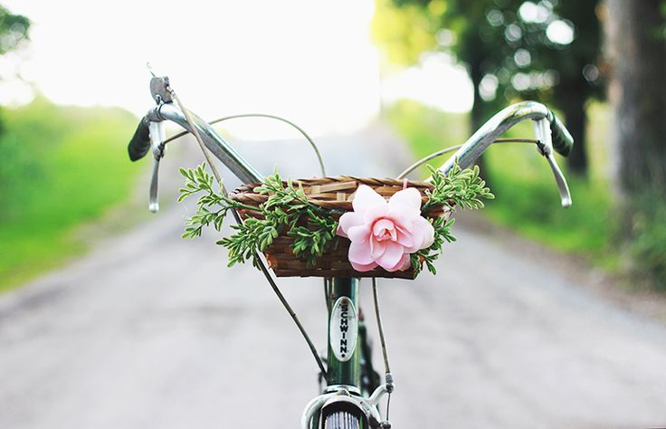 DIY Pretty Floral Basket