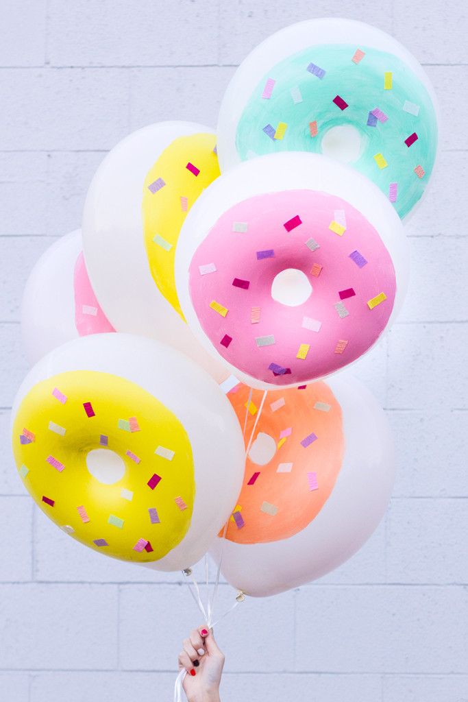 Be bold with donut styled balloons