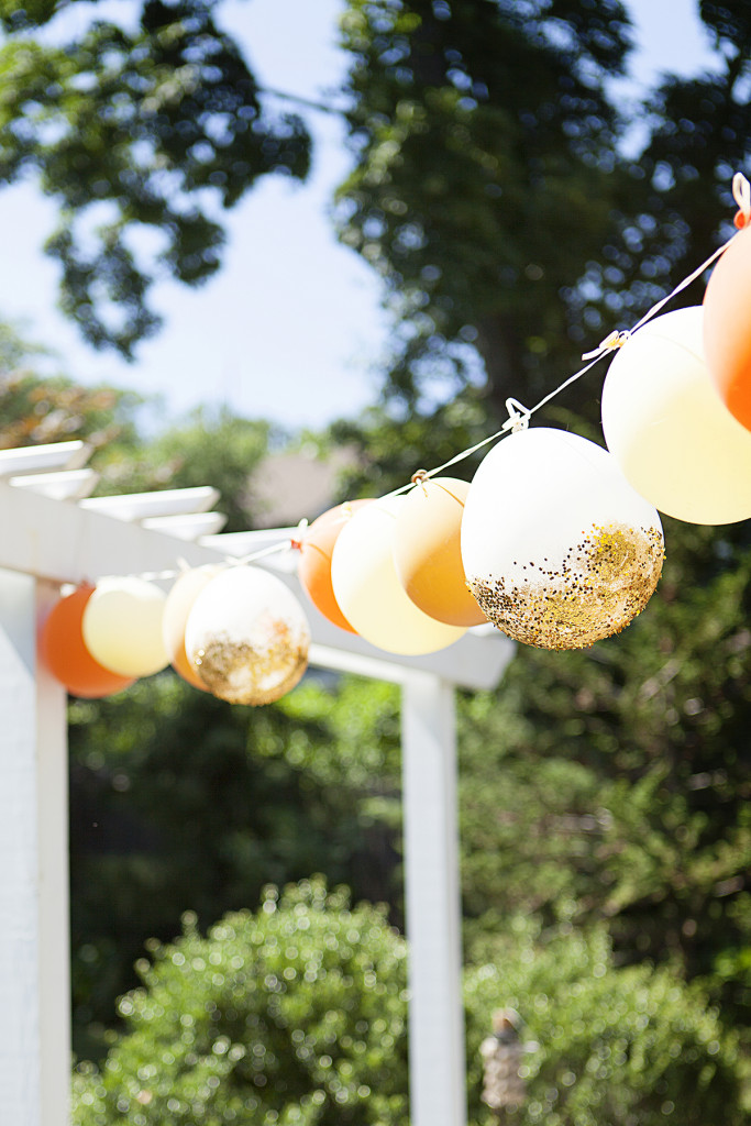 Garland glittered balloons for outdoors