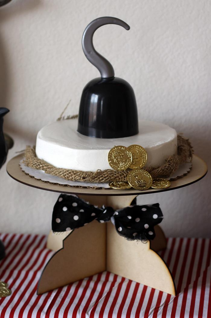 Pirate-Inspired cake