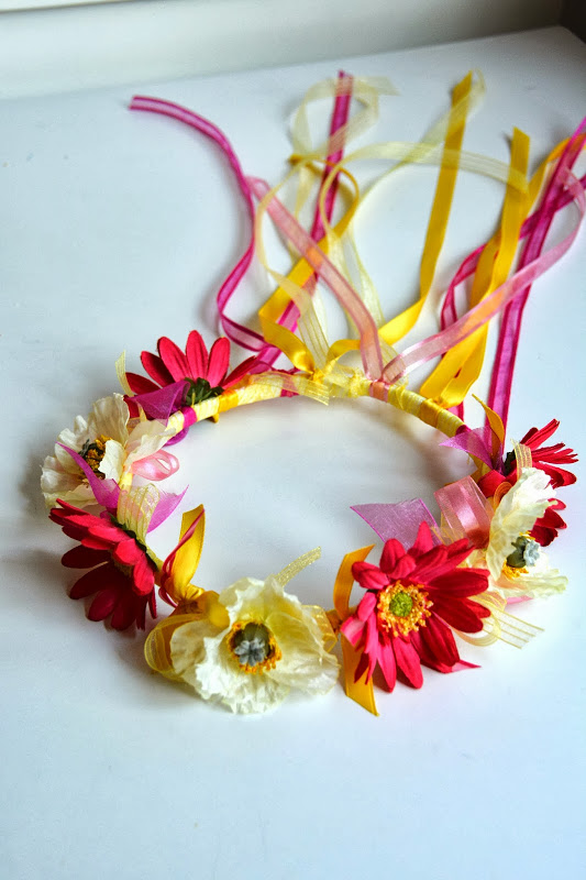 15 Ribbon Crafts That Will Make You Swoon