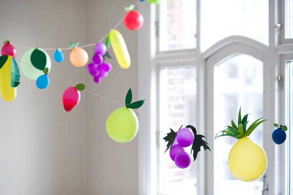 fruity-Balloons-garland