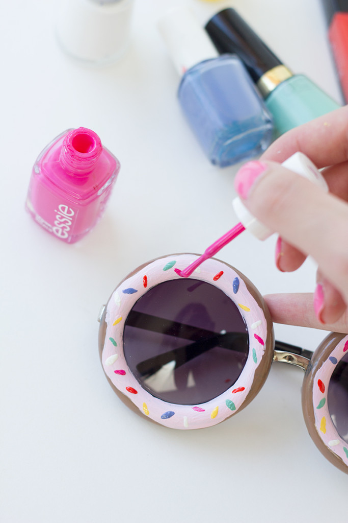 nail-polish-for-sunglasses