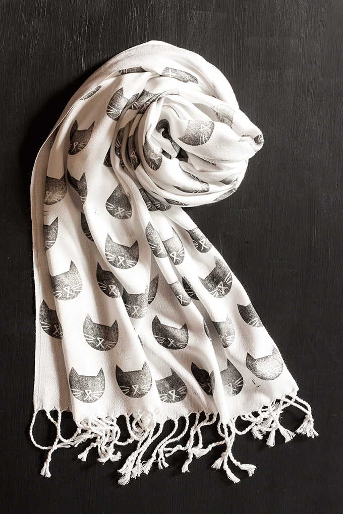 DIY Cat Stamped Scarf