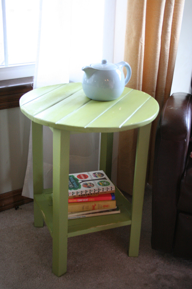 DIY Cottage Side Table