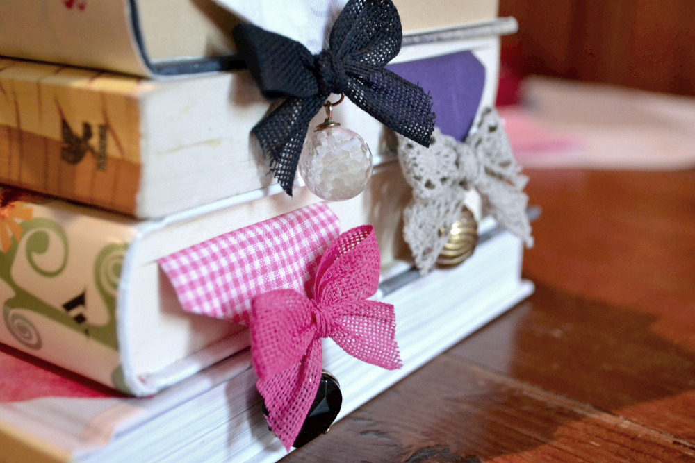 DIY Fabric Bookmarks