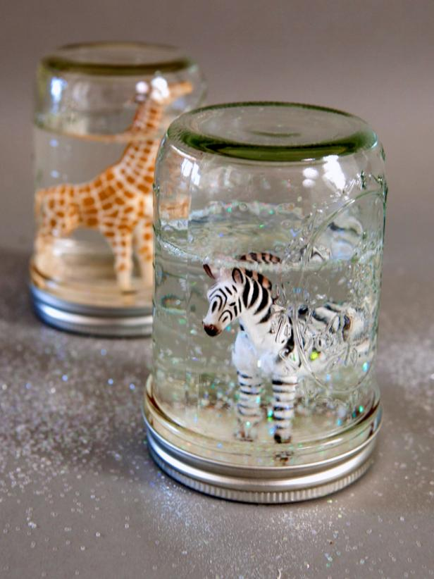 DIY Glitter Globe Plastic Animal
