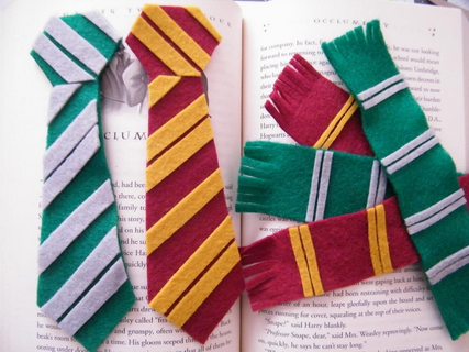 25 different ways to make and create your own bookmarks diy harry potter bookmarks solutioingenieria Image collections