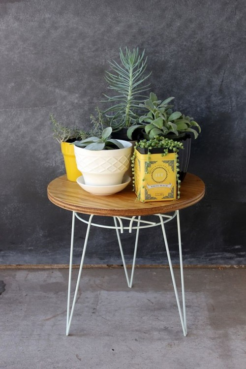 DIY Plant Stand Side Table