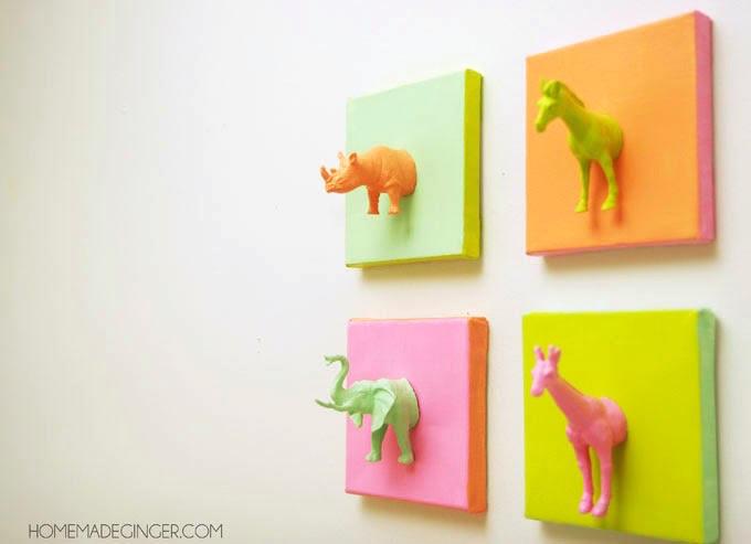 DIY Plastic Animal Canvases