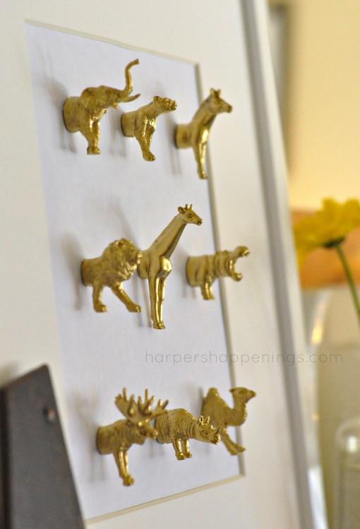 DIY Plastic Animal Mounted Art
