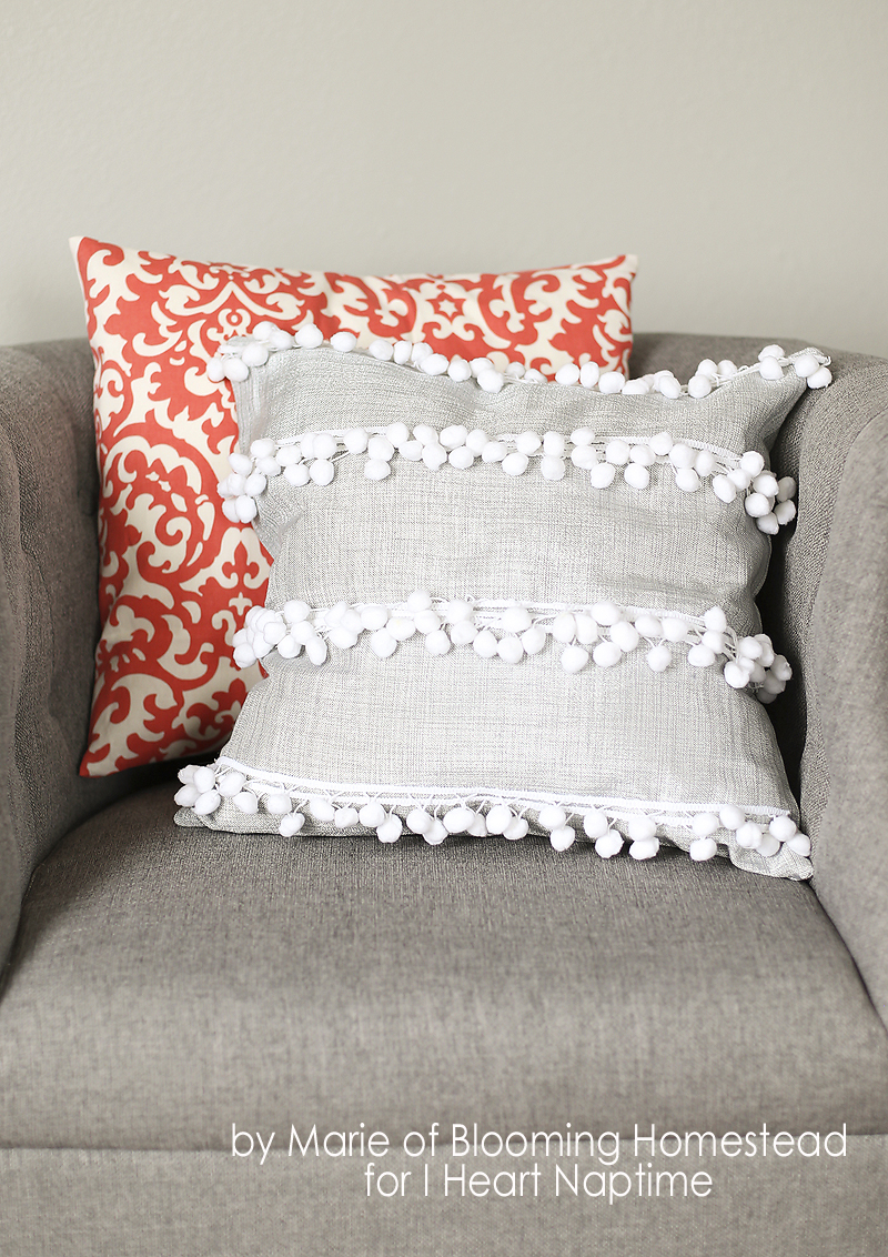 Homemade Pillow Cover Ideas: 35 DIY Pillows for Your Stylish Home or Dorm Room,