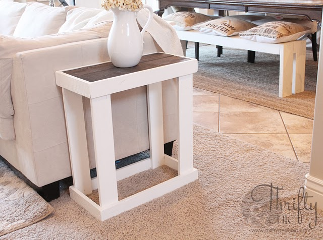 diy end tables that look stylish and unique. Black Bedroom Furniture Sets. Home Design Ideas