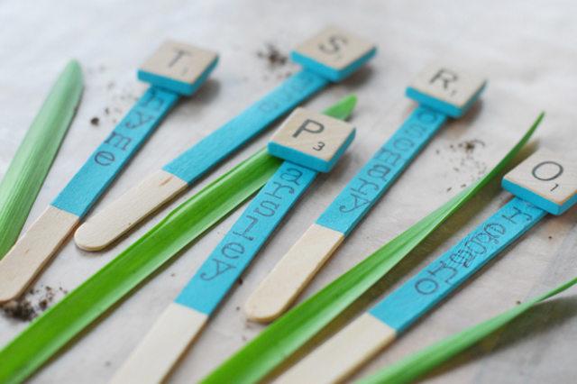 DIY Scrabble Garden Markers
