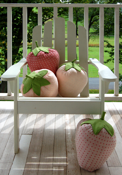 DIY Strawberry Pillow