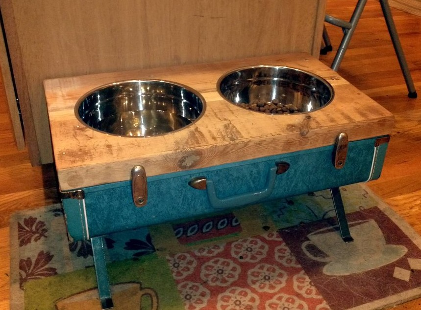 DIY Vintage Suitcase Dog Bowls