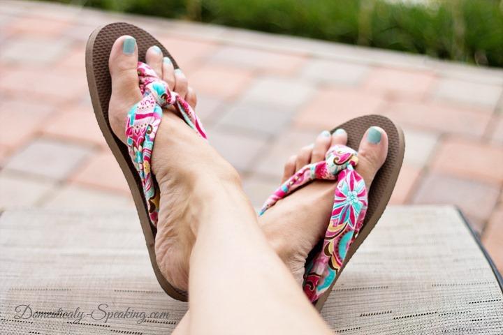 Fabric knot Flip flops