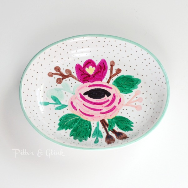 Flower Sharpie Dish DIY Design