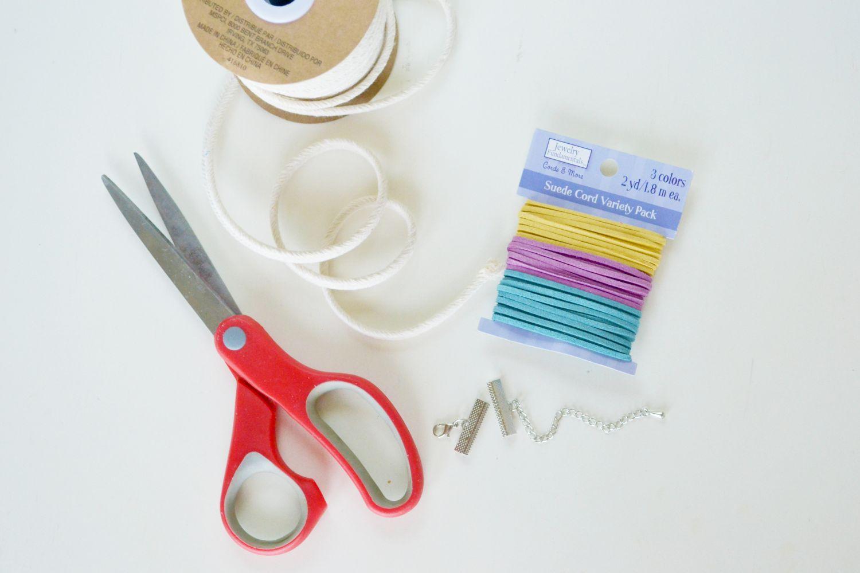 Materials to make Fishtail Bracelet
