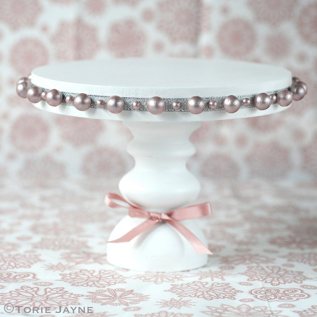 Pearl Embellished Cake Stand
