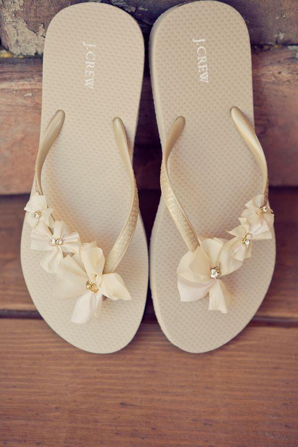 6064de34fee0 25 Different Ways to Fancy Your Flip Flops