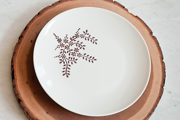 Stenciled Flower Dinner Plate DIY