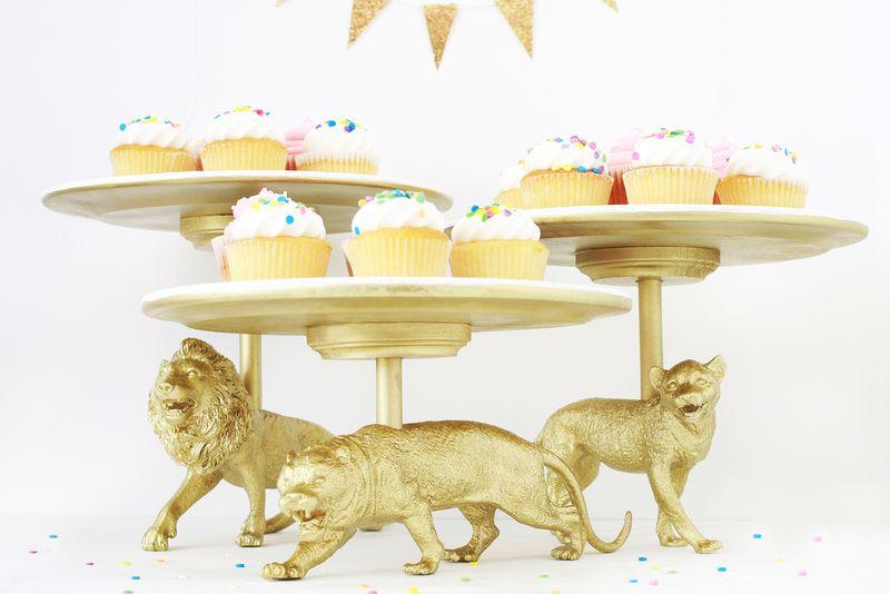 Wild Cat Cake Stadn