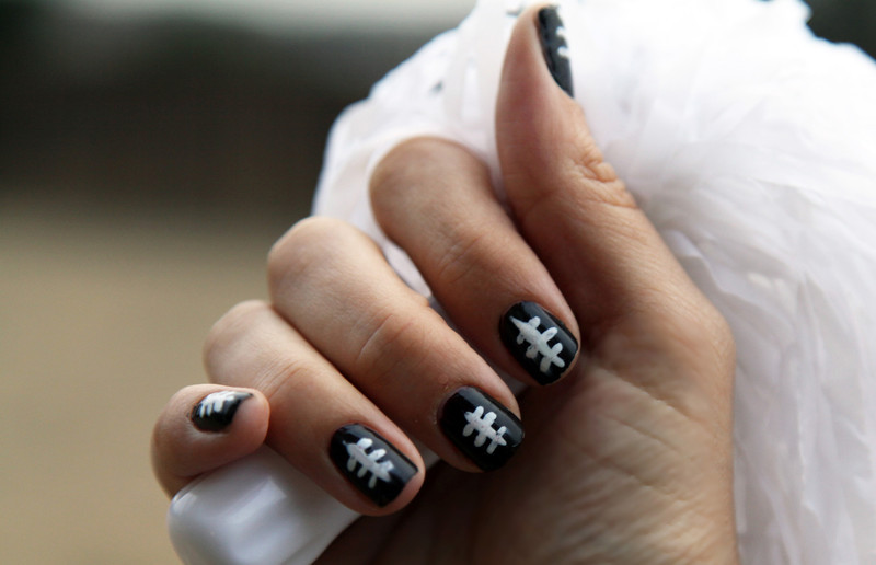 25 Simple Nail Art Tutorials For Beginners
