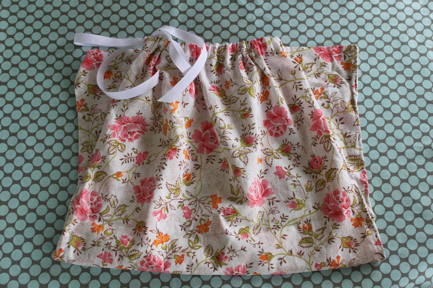 Free Sewing Pattern Pillowcase Bag