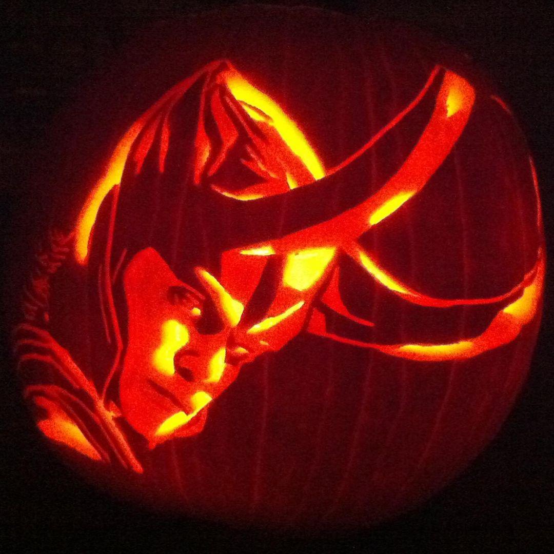 Halloween pumpkin decoration loki