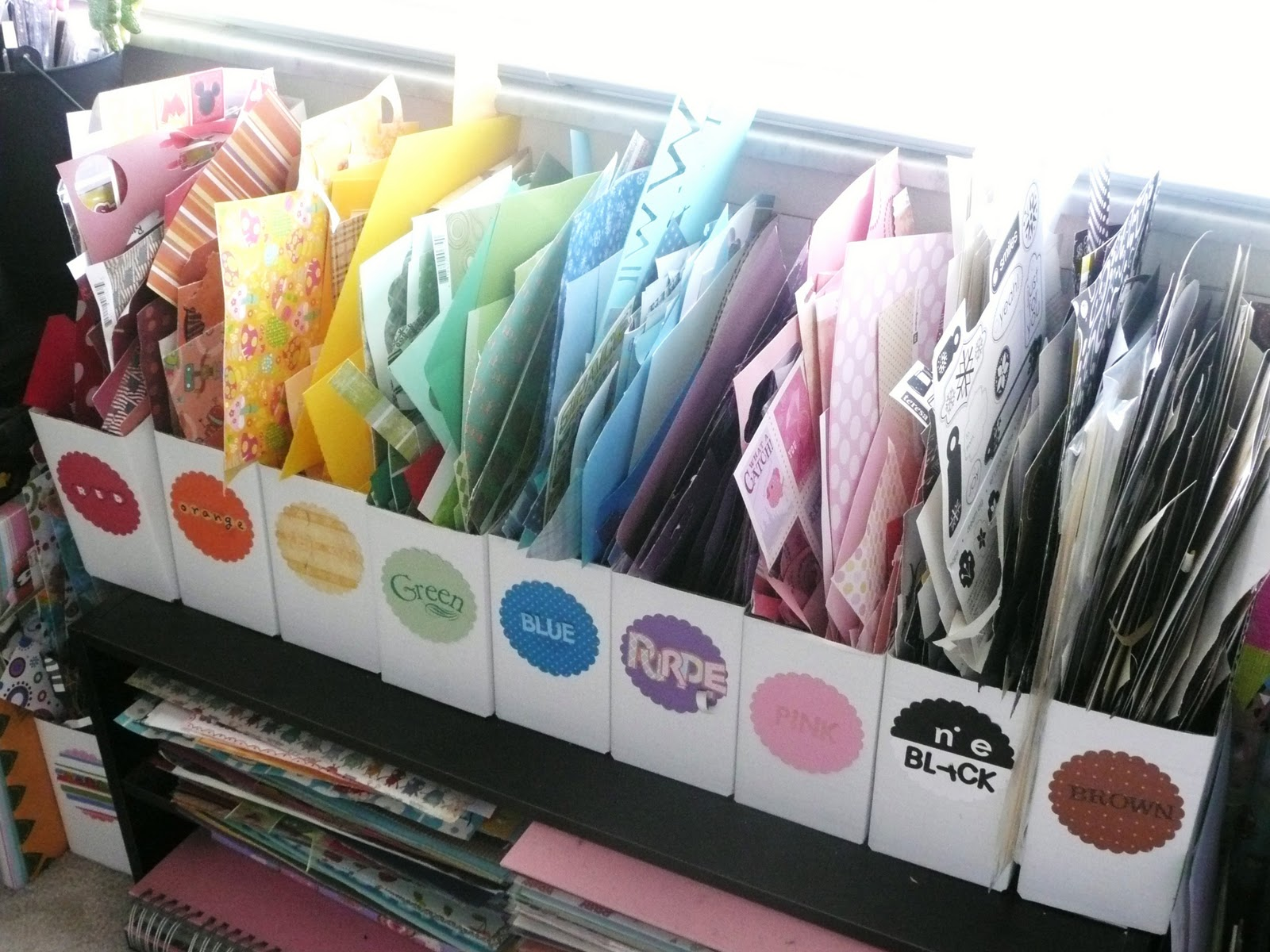Paper Scrap Color Storage