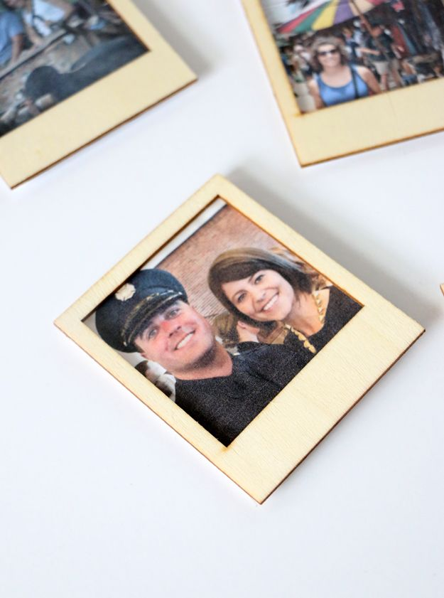Turn Instagram Pictures Into Poloroid Magnets All