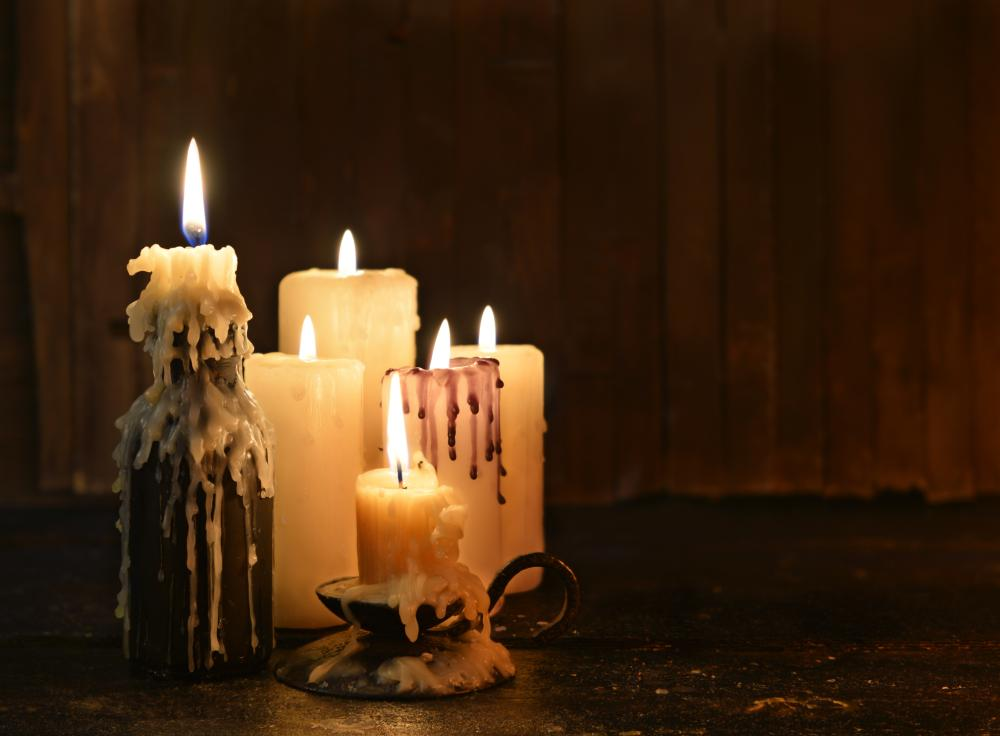 Evil candle centerpieces for tables