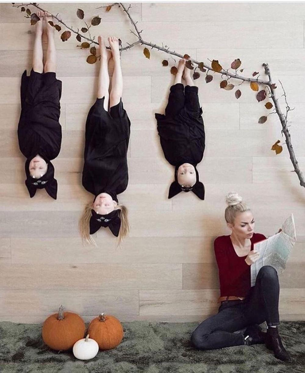 Family of bats easy halloween costumes