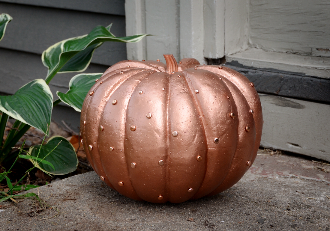 Glamorous Pumpkin for Halloween DIY