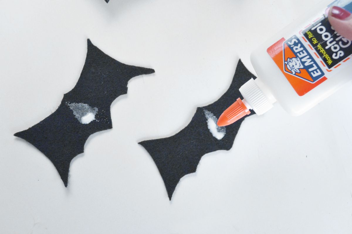 Halloween Bat Candy Pouches Glue Center