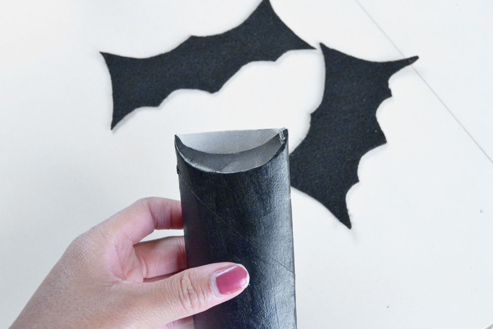 Halloween Bat Candy Pouches Glue