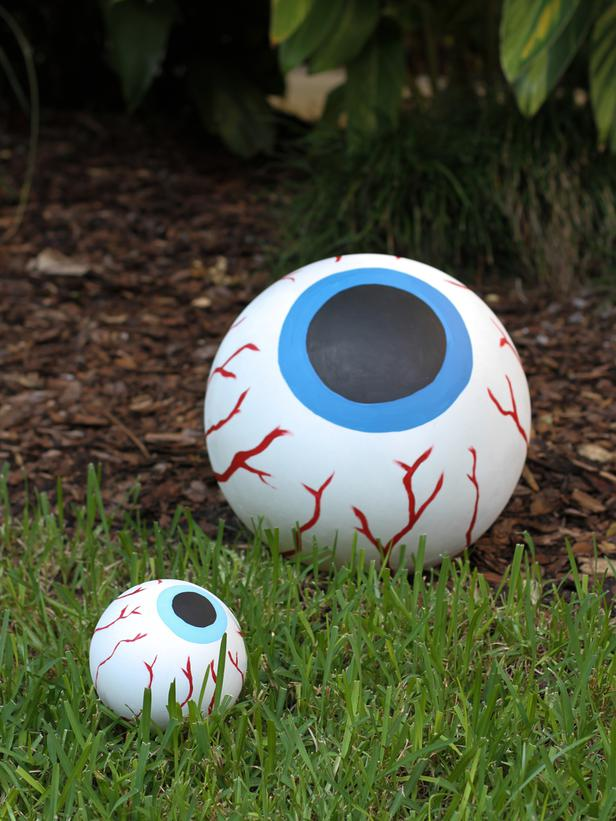halloween eyeball - Halloween Outside Games