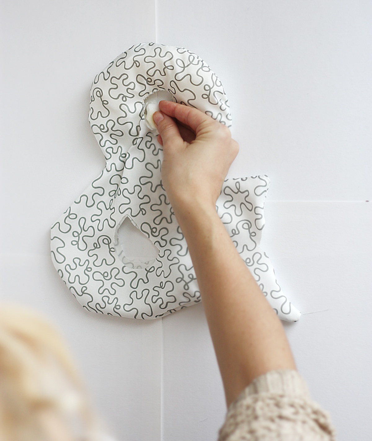 diy ampersand pillow half fill
