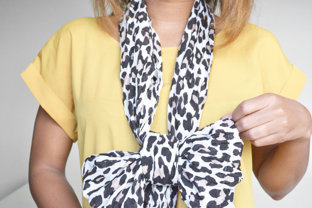 how to tie a scarf 7